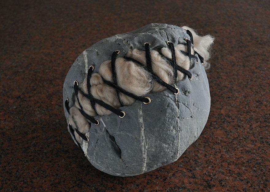 creative-stone-sculptures-hirotoshi-ito-17
