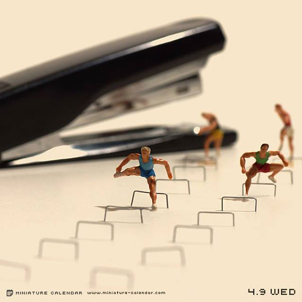 06-japanese-artist-creates-fun-miniature
