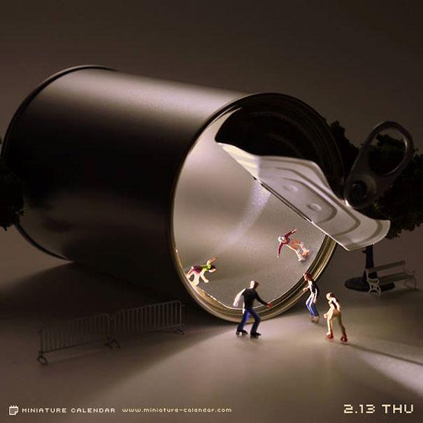 14-japanese-artist-creates-fun-miniature