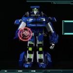 【海外で話題】 日本製の本当に変形する全長1.3mのトランスフォーマーロボット