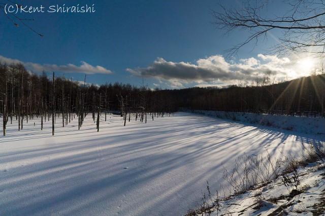 13-blue-pond-first-snowhokkaido