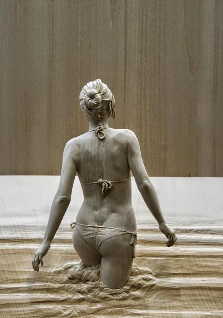 01-wood-sculptures-by-peter-demetz