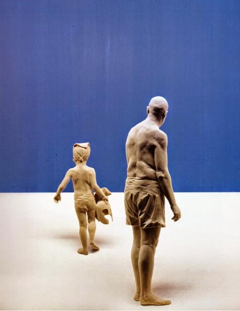 05-wood-sculptures-by-peter-demetz