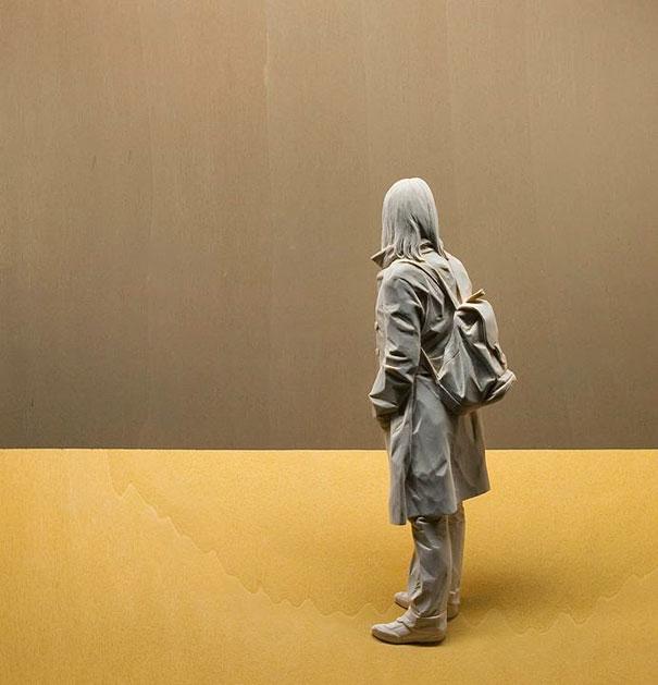 08-wood-sculptures-by-peter-demetz